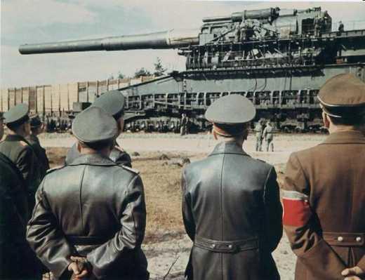 Анекдот дня. В. Путин с членами Правительства осматривает опытный образец нового танка Армата-2