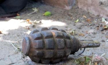 В честь полученной зарплаты, пьяные террористы решили сбросить гранату на мирных жителей