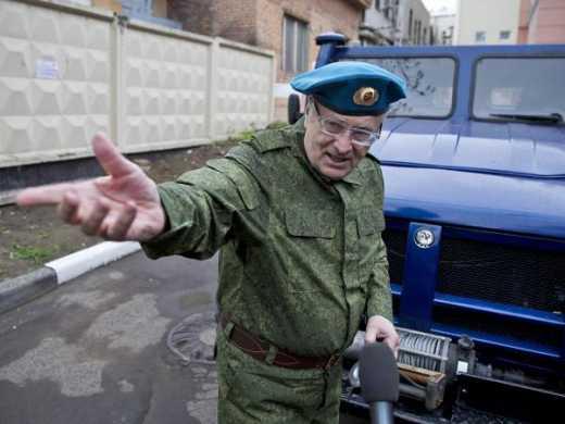 Жириновский заявил что «ДНР-ЛНР» это проект США. Значит свой Тигр он подарил боевикам по просьбе Обамы и по приказу Госдепа. Ясно, понятно.