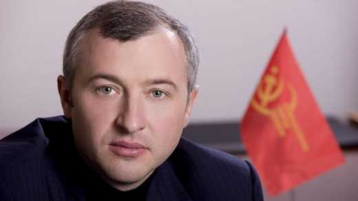 Вот так кино! Реформировать Фискальную службу Украины будет помогать кум коммуниста Калетника