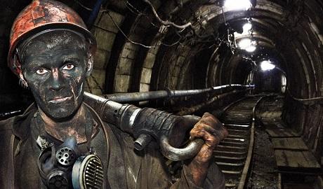 """В """"ДНР"""" деньги на зарплату шахтерам закончились, все будут уволены"""