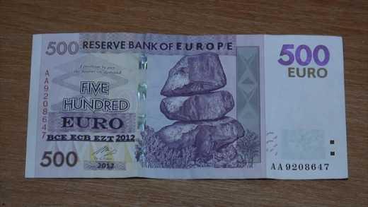 """В """"ЛНР"""" задержали девушку, которая пыталась расплатиться валютой Зимбабве"""