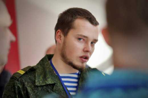 Не в РФ ли? Российский маньяк-нацист Алексей Мильчанов заявил, что его группа оставила Донбасс и готовится к новой войне