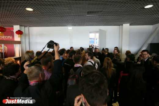 Неожиданно! Из-за приезда премьер-министра РФ с выставки вытолкали главу китайской делегации