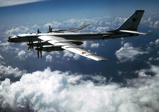 НАТО обещают победить, а силу притяжения не могут: В РФ разбился очередной бомбардировщик