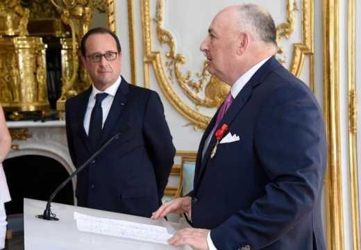 Вячеслав Моше Кантор награжден знаком Офицера ордена Почётного легиона Франции