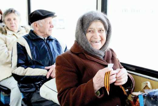 Россия встала с колен и пошла пешком: В Московской области отменили льготы для пенсионеров