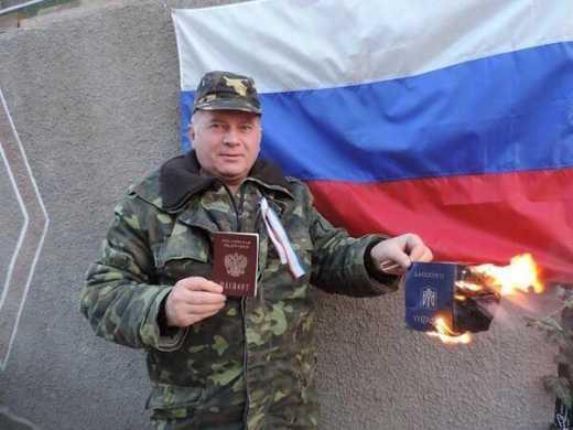 Все офицеры уехали на Украину, а вы говно, – российские матросы украинским офицерам-предателям