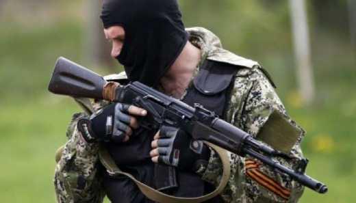 Пол села сыкунов, даже за деньги не помогают, — террорист «ДНР» пожаловался, что местные не сдают позиции ВСУ