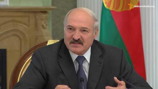 """Лукашенко пообещал уничтожить защитников """"русского мира"""", если они придут с войной в Беларусь ВИДЕО"""