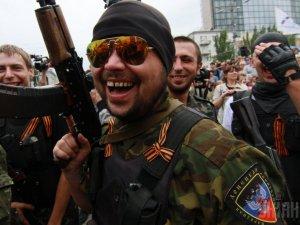 Защитники «русского мира» во время перемирия развлекаются расстрелами жителей оккупированных районов
