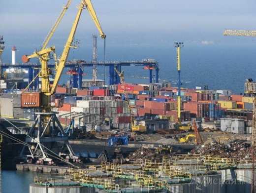 Теневые схемы в Одесском морском порту заблокированы