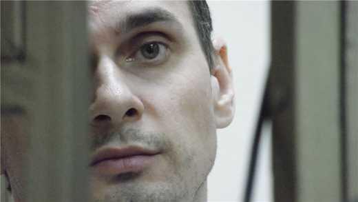 Режиссер Сенцов, после оглашения приговора в  20 лет лишения свободы, спел гимн Украины