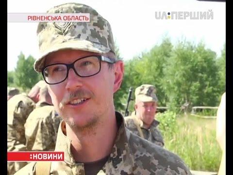 Вместо микрофона автомат: Майкл Щур в армии (ВИДЕО)
