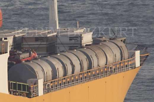 В Сирию через Босфор прошел очередной российский корабль (фото)