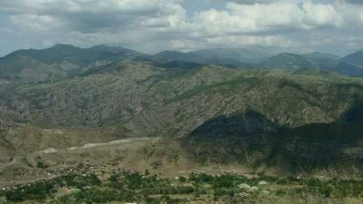 В Нагорном Карабахе начался минометный обстрел