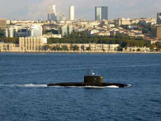 Российская подводная лодка прошла Босфор – играем по-крупному? (фото)
