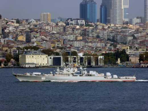 Босфор кишит российскими кораблями! (+фото)