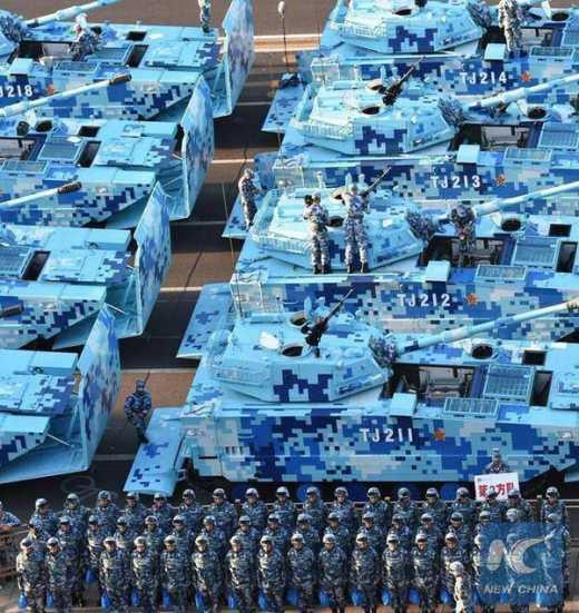 СибирьНаш! На китайских танках, показанных Путину на параде в Пекине – зимний камуфляж