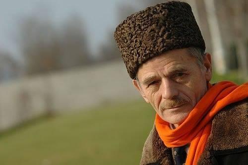 Крымским татарам Москва дань платила до 1700 года. Крым никогда не будет русским!