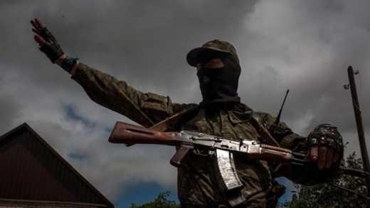 Полигоны работают, сепарня учится: Луганчанка рассказала об оккупантах