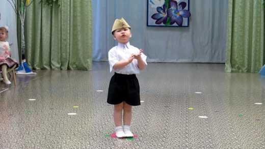 Стих о жо*е в исполнении 5 летней россиянки дал понять, что мы не братья, — блогер