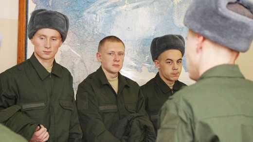 Путин готовится к отправке в Сирию, — соц. сети о сходстве призывника с президентом РФ