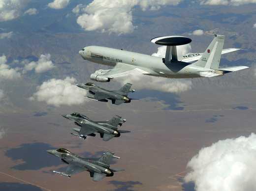 НАТО готове допомогти Україні у відновленні контролю над повітряним простором