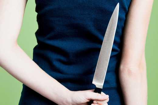 40-річна киянка ножем поранила священника