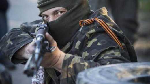 Бойцы АТО попали под обстрел оккупантов: двое украинских военных ранены