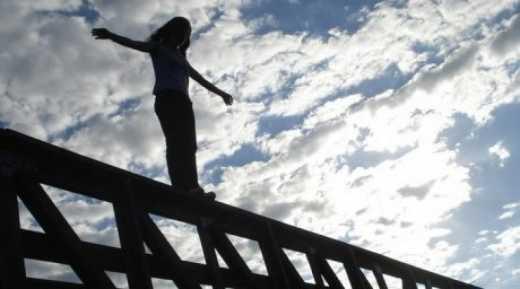 У Рівному 19-річна дівчина стрибнула з моста