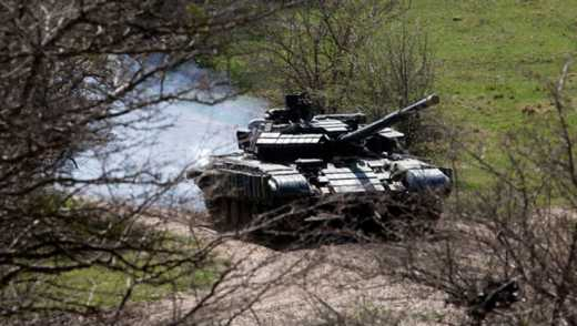 Как москали «латают» танки
