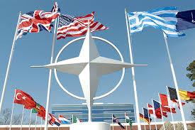 НАТО і надалі має намір збільшувати тиск на Росію