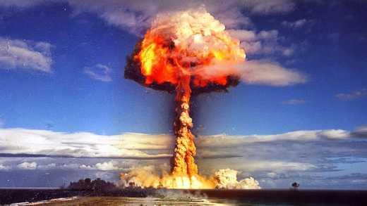 Путина просят нанести ядерный удар по США