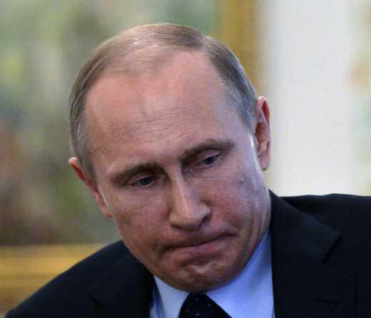 «На х…й нам нужен был этот Путин?!» — В очередях в Ялте начались драки