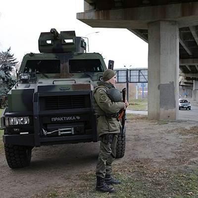 У Києві загроза терактів, на всіх вулицях нацгвардійці на БТРах
