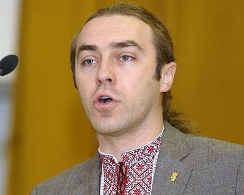 Свободівець Ігор Мірошниченко побив вагітну екс-дружину та її коханця