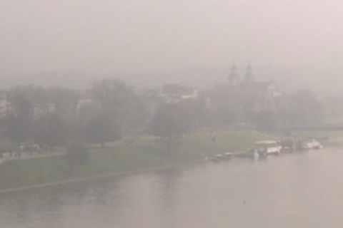 Від смогу сотні поляків потрапили до лікарень