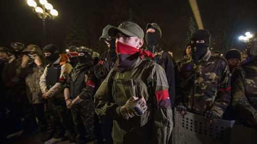 """""""Правий сектор"""" кличе всіх на Майдан"""