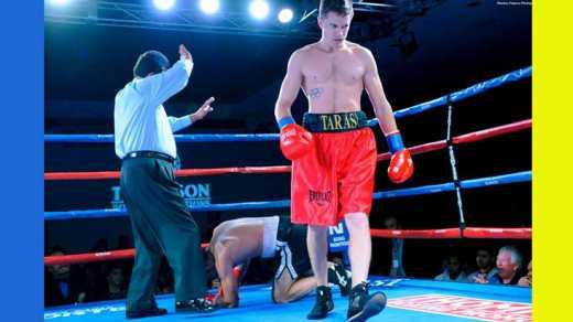 Украинский боксер Шелестюк победил россиянина