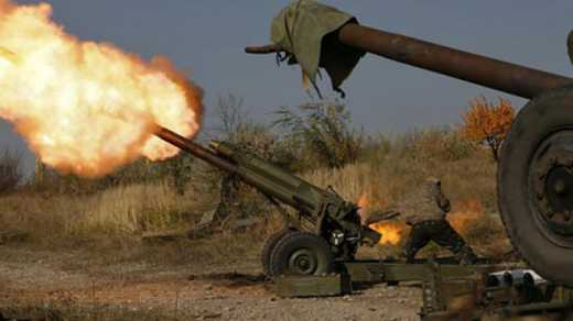 Боевики открыли огонь из гранатометов