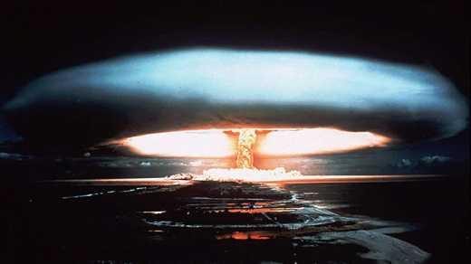 Граждане России начали собирать подписи за нанесение ядерного удара по США