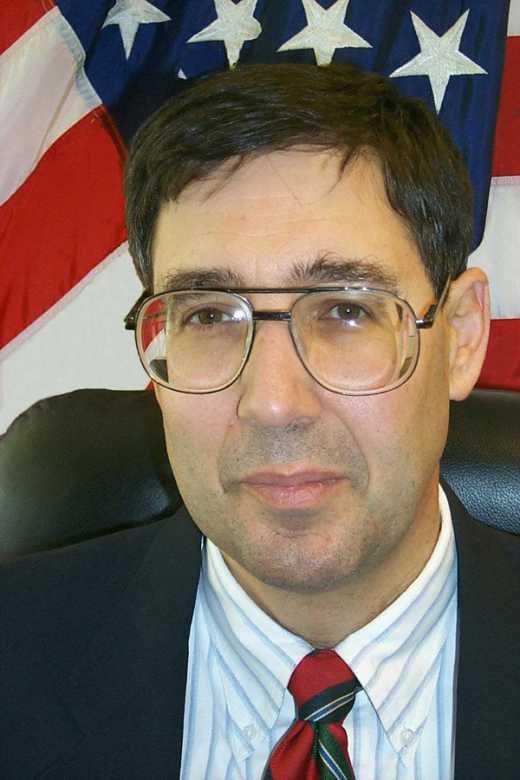 Колишній посол США розказав, чому насправді заарештували Корбана.