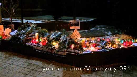 Украинцы всю ночь молились за мир в Париже