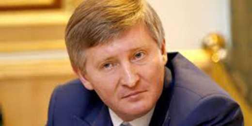 Пока Фирташ летит, задержим Ахметова, – Луценко