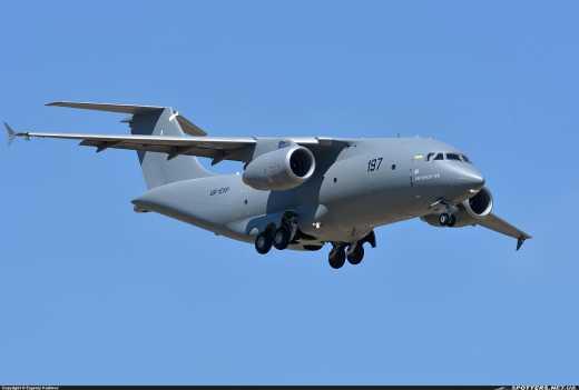 Внимание, конкурс! Новый украинский самолет Ан-178 получает народное имя