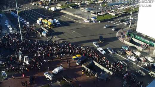 Утро 8 декабря: пенсионеры вышли на Киевский Майдан (ФОТО)