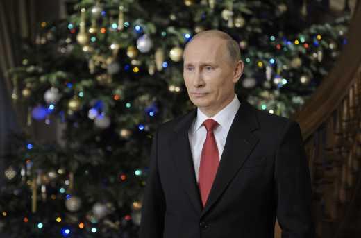 Маленькой россиянке подарили портрет Путина