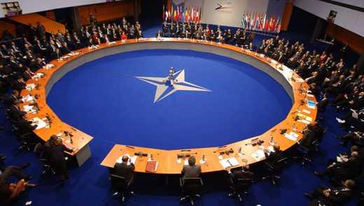НАТО анонсировал обострение военного конфликта на Донбассе
