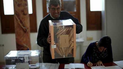Консерватори перемогли на парламентських виборах в Іспанії